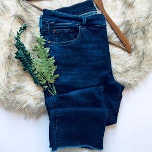 Ann Taylor Slim Crop Denim Jeans (8)